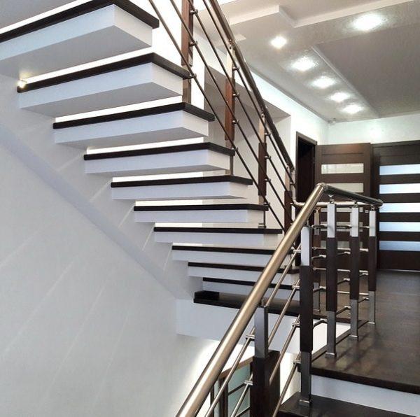 перила на консольні сходи