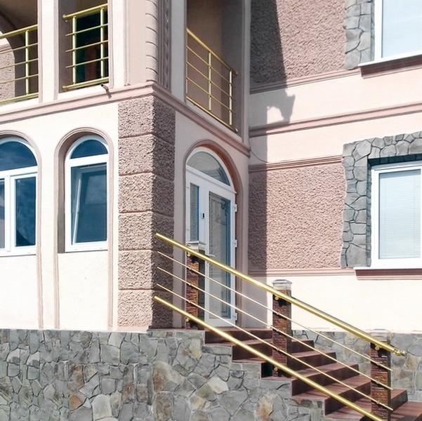перила для балкона и крыльца