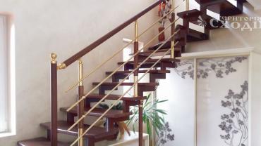 Когда выбрать изготовление лестниц под ключ, а когда обращаться к разным специалистам