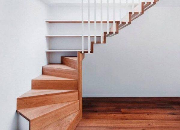 пример лестницы с забежными ступенями