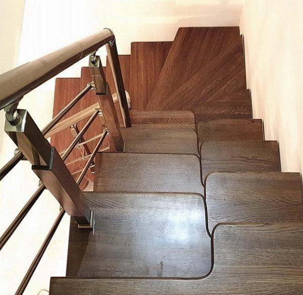 лестница гусиные лапки с одним поворотом